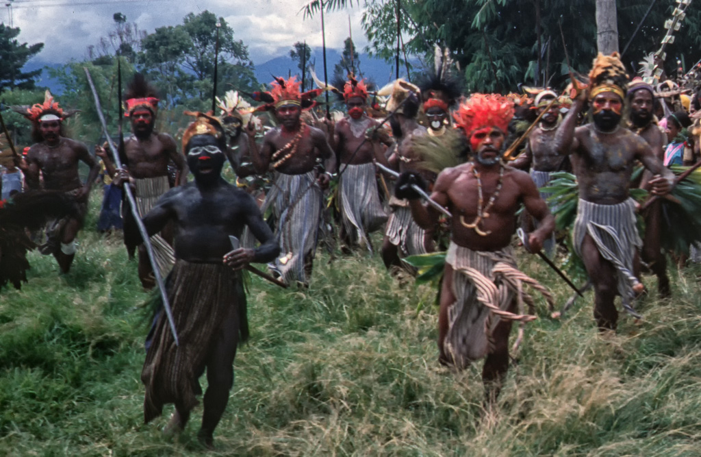 ian-purves-papua-new-guinea-1983-wedding-7-of-17